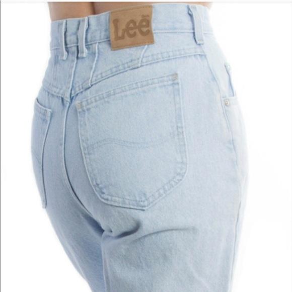 ac09ba80 Lee Jeans   Vintage 90s Mom Light Wash High Rise Ai1   Poshmark
